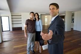 Покупка квартиры при помощи агентства недвижимости: отличия от самостоятельной процедуры